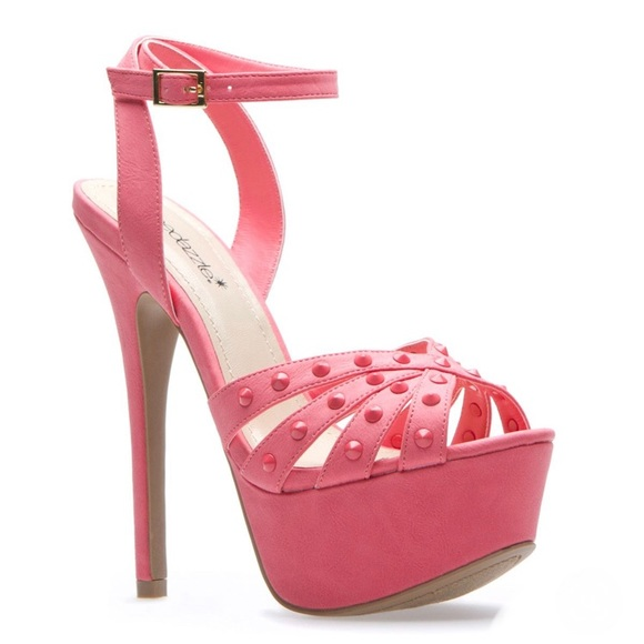 Shoe Dazzle Shoes - Shoe dazzle Pink Estara Studded Heels Size 7.5